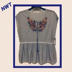 NWT. Navy blue/white striped boho top